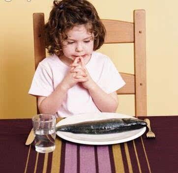 生活中,宝宝到底要怎么吃鱼才健康又安全呢?