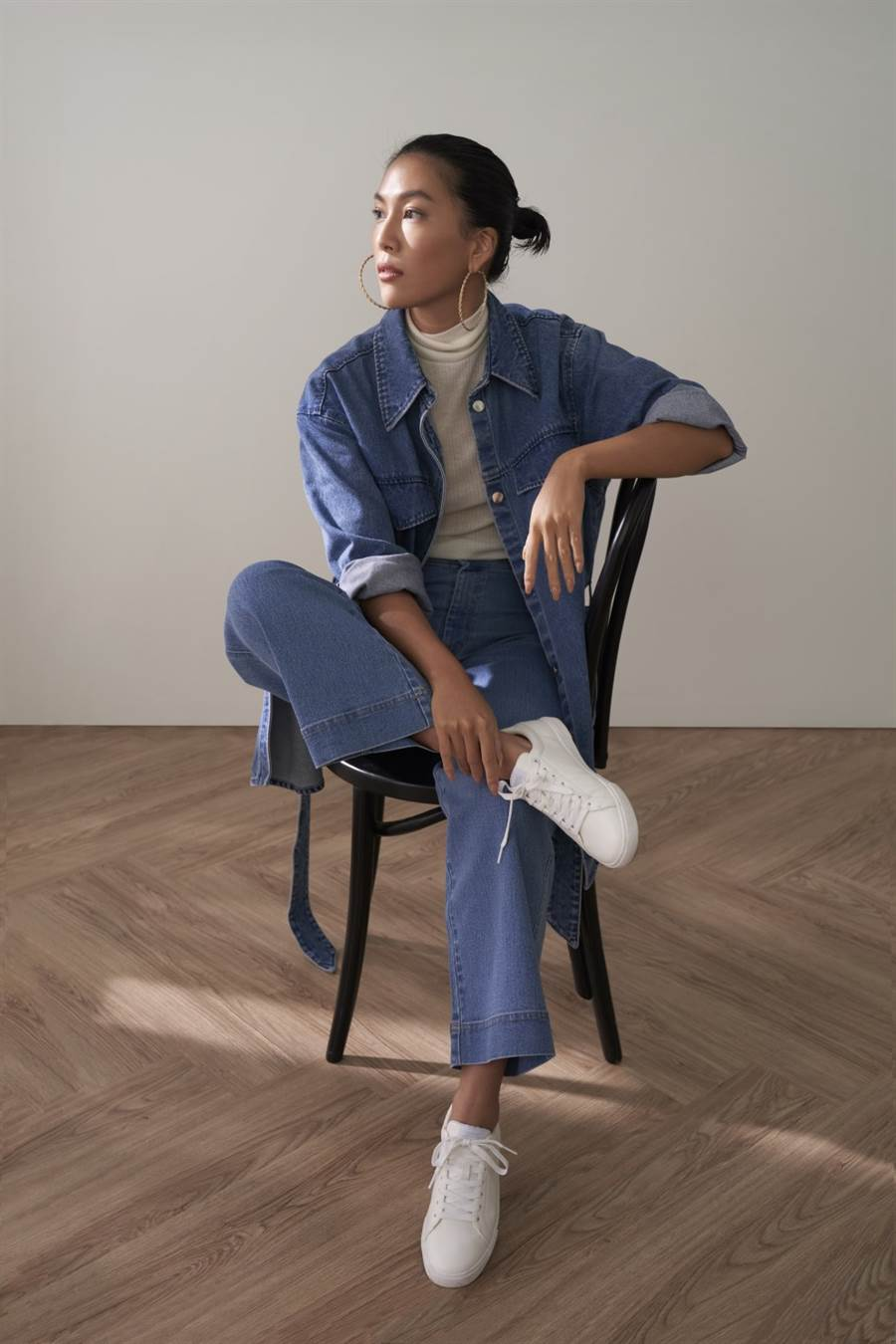 H&M2020秋季女装系列携手莫莉,打破刻板规定呈现崭新面目!