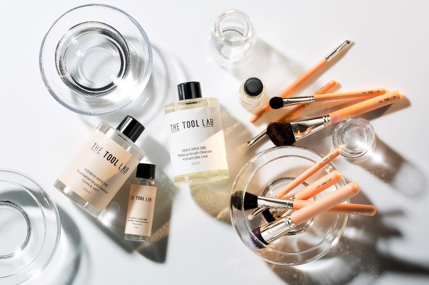 """""""自助化妆是大势"""",成长中的韩国化妆刷企业 —— THE TOOL LAB"""